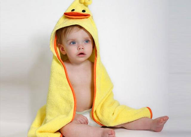 出産祝いにおすすめ!新生児から使えるバスポンチョが買える人気ショップ♡