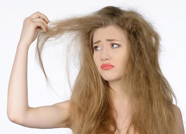 くせ毛に悩む女性におすすめ!梅雨の髪の毛対策アイテムまとめ