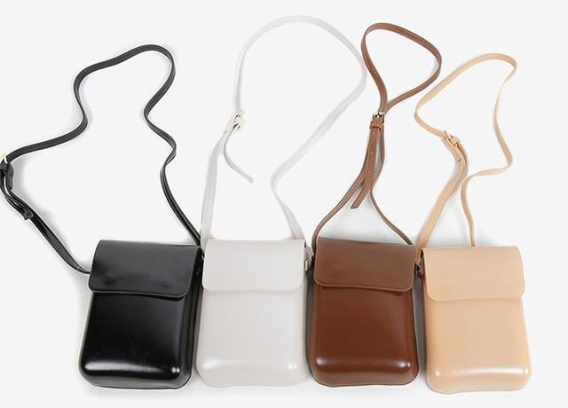 シンプルで合わせやすい♡安くて可愛いミニショルダーバッグ