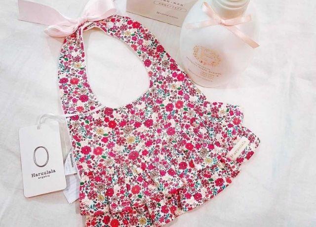可愛すぎる出産祝い♡赤ちゃんのことを考えて作られたharuuraraのスタイ&お洋服