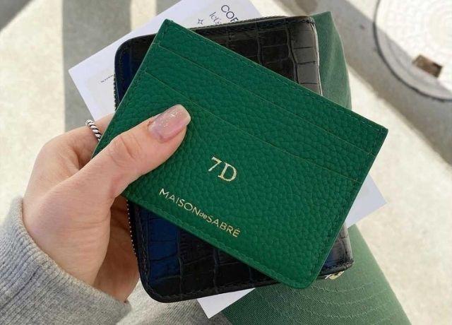 キャッシュレス派におすすめ!名入れできる&お洒落なデザインMAISON DE SABREのカードケース