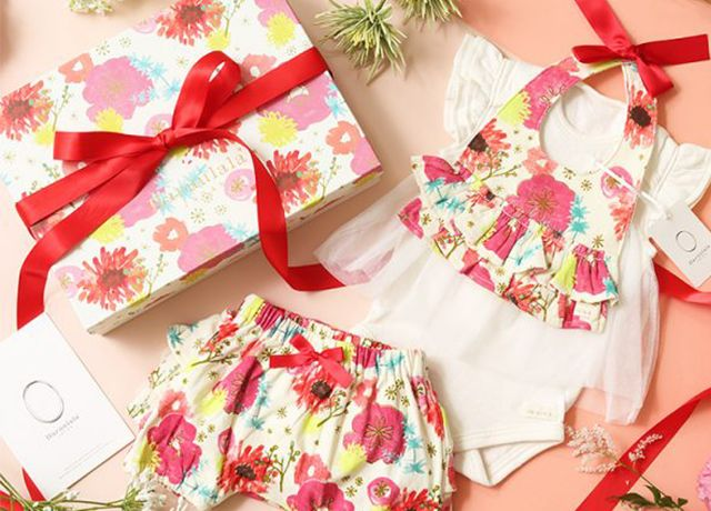 出産祝いギフトに♡haruulalaのカラフルで可愛いオーガニックコットンのスタイ&洋服
