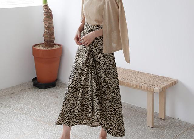 秋の大人可愛いコーデに♡DHOLICのロングスカート