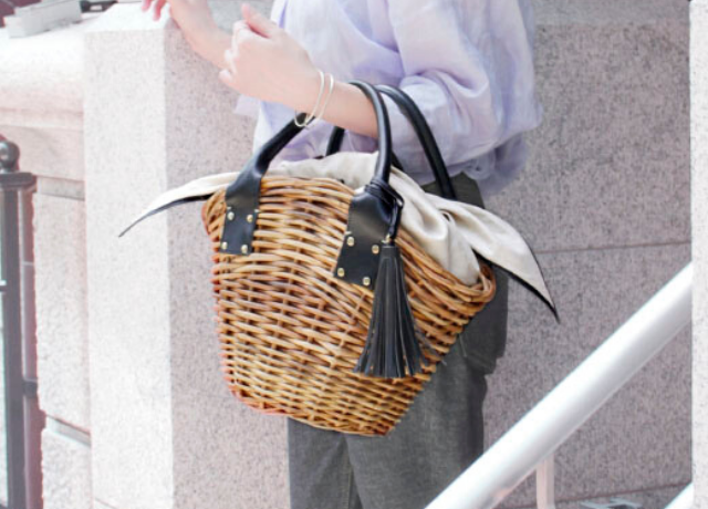 AETHERの売れてるカゴバッグ「MANON」で日々の装いをアップデート