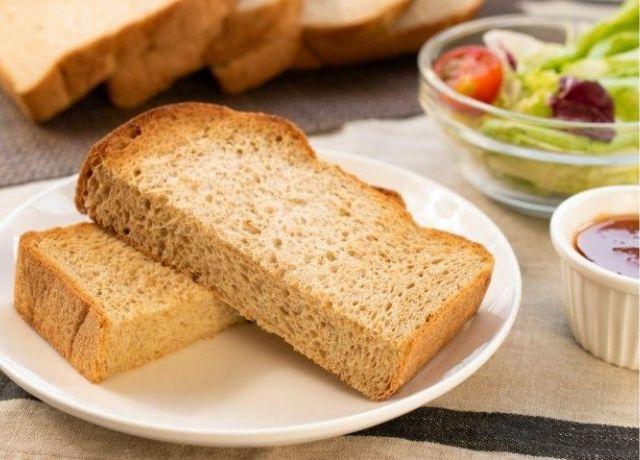 体に優しい糖質オフ&低カロリーパンの鉄板ベストプレゼント4選で『低糖質ふすま粉食パン』が選ばれました!